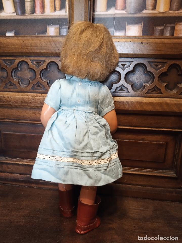 Muñecas Porcelana: Preciosa muñeca francesa de la casa Jumeau. Depose. E9J. Talla 9. Cuerpo de cartón. Ojos azules. - Foto 5 - 182715390