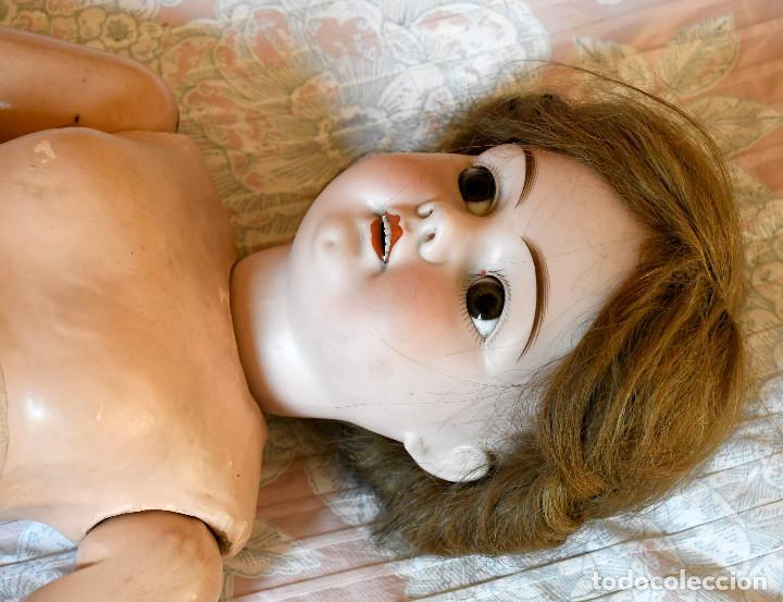Muñecas Porcelana: Bellísima muñeca articulada en parque infantil original. Entre el XIX y el XX. - Foto 8 - 183466912