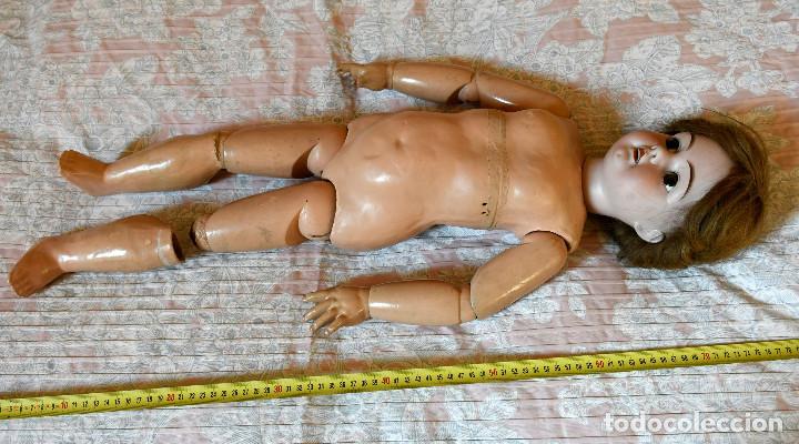 Muñecas Porcelana: Bellísima muñeca articulada en parque infantil original. Entre el XIX y el XX. - Foto 12 - 183466912