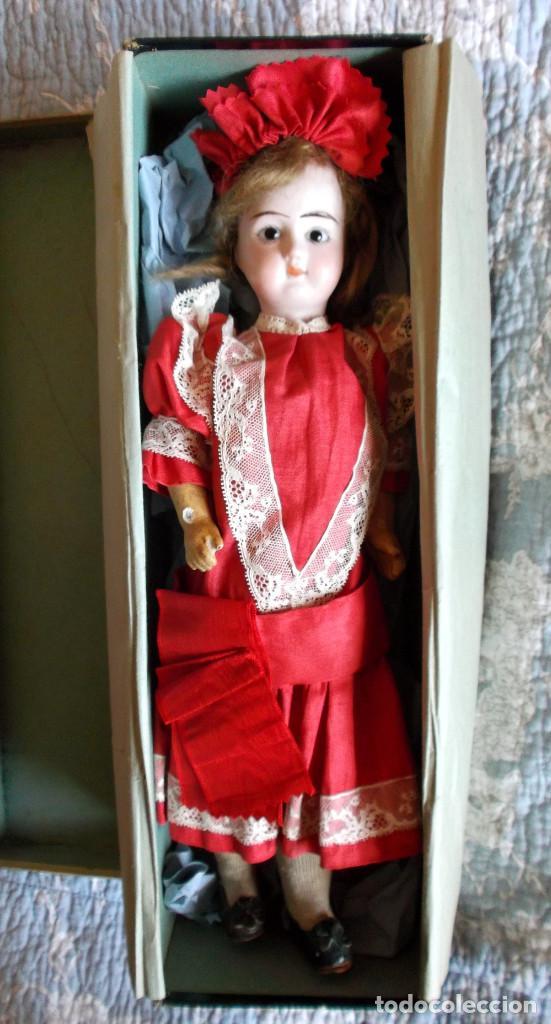 Muñecas Porcelana: Preciosa muñeca de porcelana francesa Damerval & Laffranchy boca cerrada toda de origen, en caja - Foto 2 - 183829453