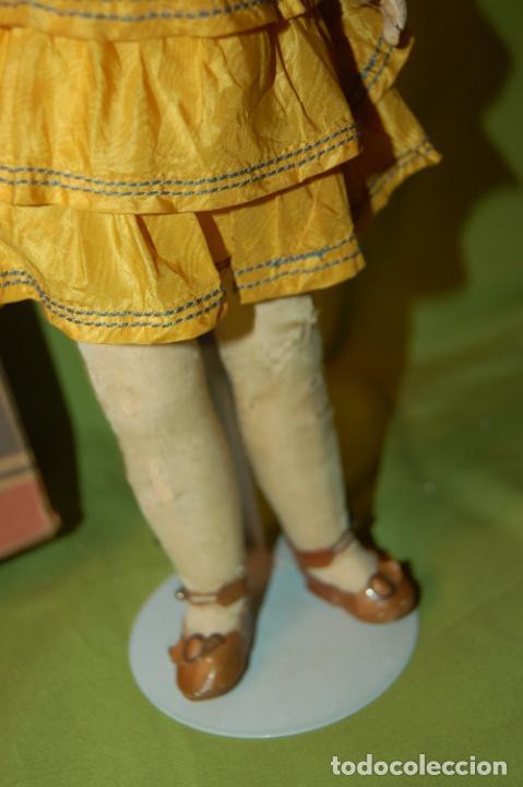 Muñecas Porcelana: muñeca francesa louvre - Foto 13 - 208286683