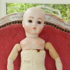 Muñecas Porcelana: MUÑECA BRU JNE DE PORCELANA FRANCESA DE REPRODUCCION, LLEVA UNA MARCA DEBAJO DE LA OREJA D, EN EL BU. Lote 219750531