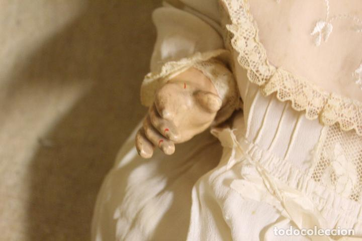 Muñecas Porcelana: Muñeco bebé de cara de porcelana.Cuerpo cartón piedra.Fdo AM.Armand Marseille.Alemania.S XIX-XX. - Foto 10 - 220560007