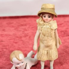 Muñecas Porcelana: PAREJA DE MUÑECOS EN PORCELANA. BISCUIT. DECORADOS A MANO. PRINCIPIOS SIGLO XX.. Lote 254685750