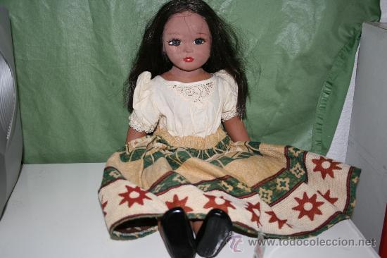 ANTIGUA MUÑECA DE BARRO (Juguetes - Muñecas Extranjeras Antiguas - Porcelana Otros paises)