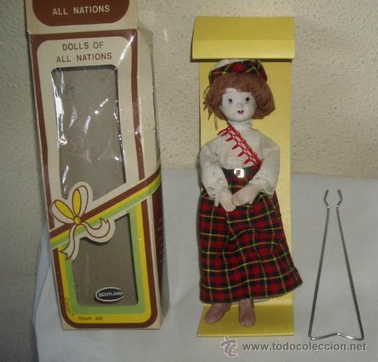 MUÑECA DE PORCELANA,CAJA ORIGINAL (Juguetes - Muñeca Extranjera Moderna - Porcelana)