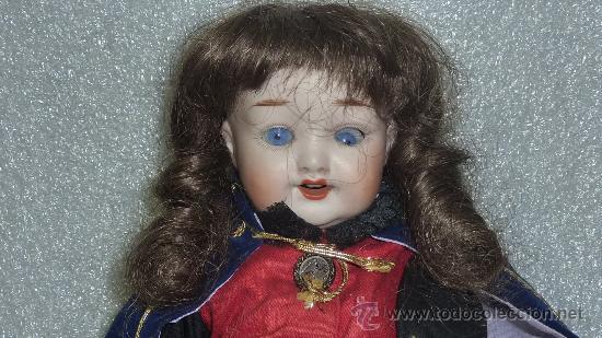 Muñecas Porcelana: Preciosa muñeca de porcelana de finales s.XIX. Marcas en nuca. Vestido posterior. - Foto 2 - 25578195