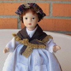 Muñecas Porcelana: MUÑECA DE PORCELANA, MIDE ALTO 16 CM. Lote 28494519