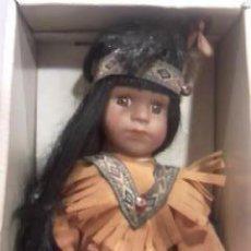 Muñecas Porcelana: INDIO PORCELANA MARCA DOLL PARA COLECCIÓN EN SU CAJA ORIGINAL NUNCA FUE SACADO.. Lote 29518122