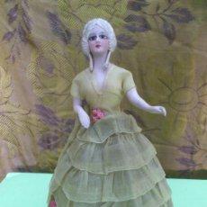 Muñecas Porcelana: ANTIGUA MUÑECA EN PORCELANA FINA, POSIBLE PANTALLA DE LAMPARA, Ò MODELO VESTIDOR,,28 CM. .... Lote 31862285