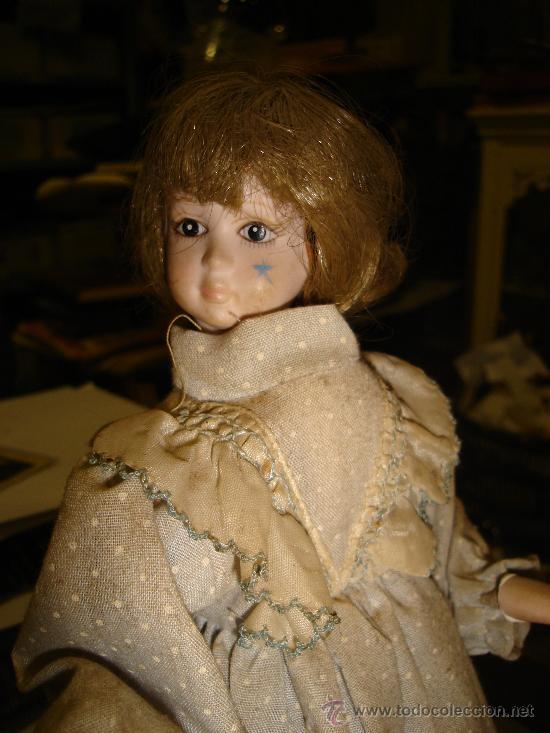 Muñecas Porcelana: ANTIGUA MUÑECA AUTÓMATA DE PORCELANA, 33 POR 15CM, VER VÍDEO - Foto 4 - 31992507