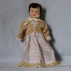 Muñecas Porcelana: MUÑECA KENSINTONG DE PORCELANA -LA SOMBRERERA- ***NUEVA***. Lote 33558583
