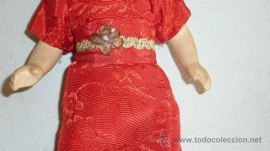 Muñecas Porcelana: Antigua muñeca de terracota oriental, sin marcas aparentes, años 60 - Foto 3 - 33642466