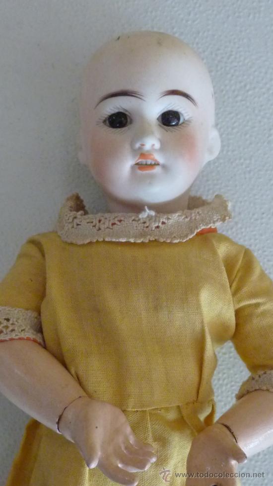 Muñecas Porcelana: Antigua muñeca de porcelana, con cuerpo de carton piedra, marcada en nuca - Foto 3 - 33630127