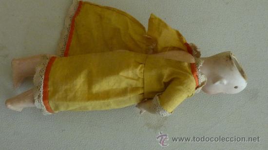 Muñecas Porcelana: Antigua muñeca de porcelana, con cuerpo de carton piedra, marcada en nuca - Foto 8 - 33630127