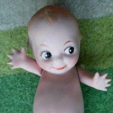 Muñecas Porcelana: MUÑECO KEWPIE DE PORCELANA BISCUIT PINTADO A MANO. Lote 36682393