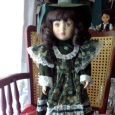 Muñecas Porcelana: MUÑECA ANTIGUA DE GOMA Y PORCELANA, MUY GUAPA. Lote 39057185
