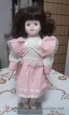Muñecas Porcelana: Preciosa muñeca de porcelana,completa. Con soporte incluido. - Foto 2 - 39680439