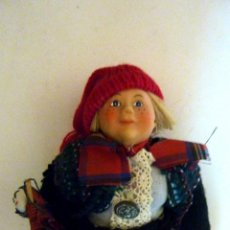 Muñecas Porcelana: MUÑECO TRADICIONAL NAVIDAD ORIGEN DINAMARCA . ASTRID HELEN LILAND . CUERPO BLANDO PORCELANA. Lote 40169574