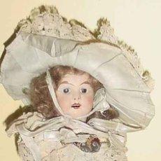 Muñecas Porcelana: BONITA MUÑECA CON CABEZA DE PORCELANA CUERPO DE COMPOSICIÓN , ALEMANIA AÑOS 20-CABELLO DE MOHAIR . Lote 38251195