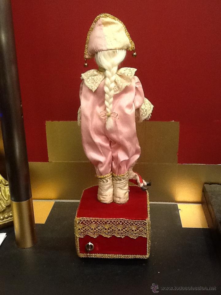Muñecas Porcelana: Muñeca arlequín de porcelana automata con música en . Siglo XX. - Foto 2 - 40718035
