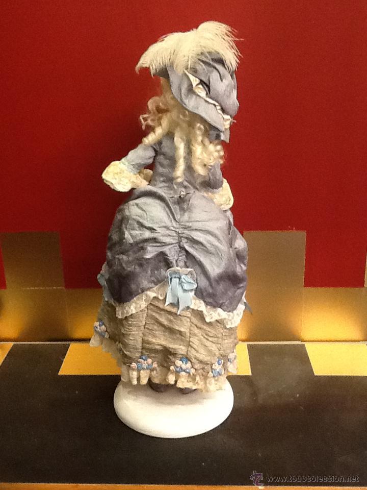Muñecas Porcelana: Muñeca de porcelana autómata con ojos de cristal de época. En . - Foto 3 - 40739777