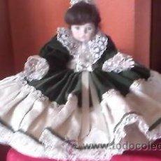 Muñecas Porcelana: MUÑECA DE PORCELANA CON COJÍN POR DEBAJO.MUÑECA TODA DE PORCELANA,CARITA PINTADA, ALEMIA. Lote 42003877