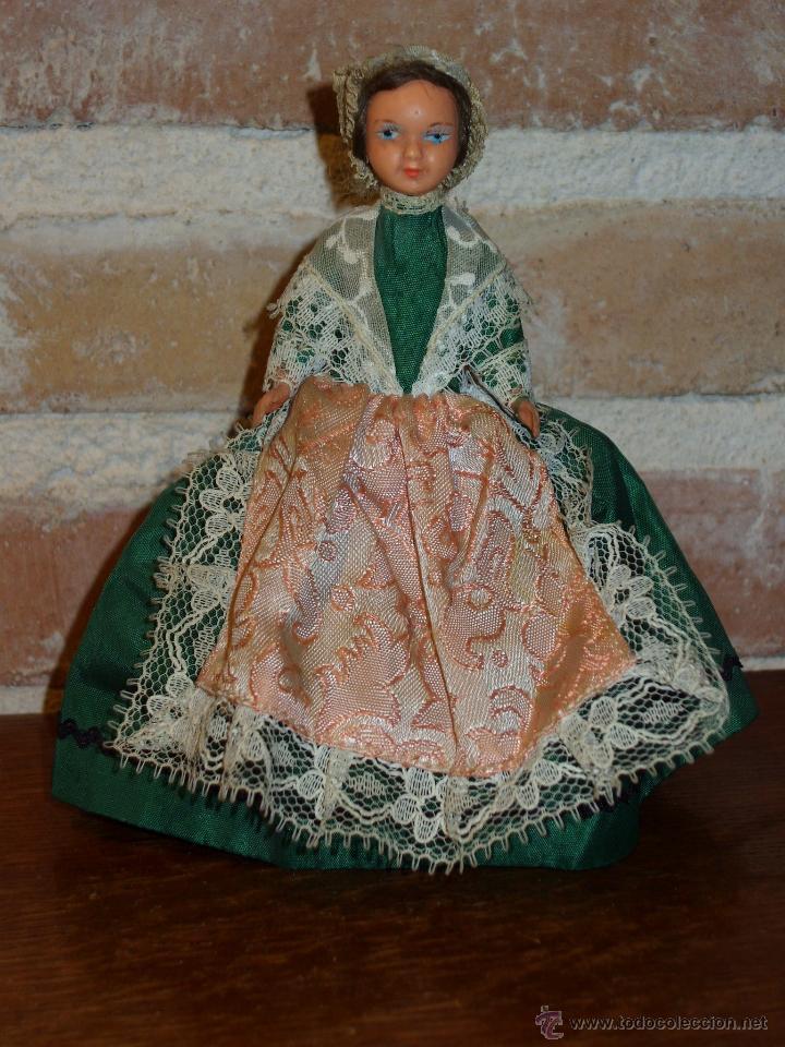 Muñecas Porcelana: ANTIGUA MUÑECA PEQUEÑA TRAJE REGIONAL. - Foto 3 - 42064361