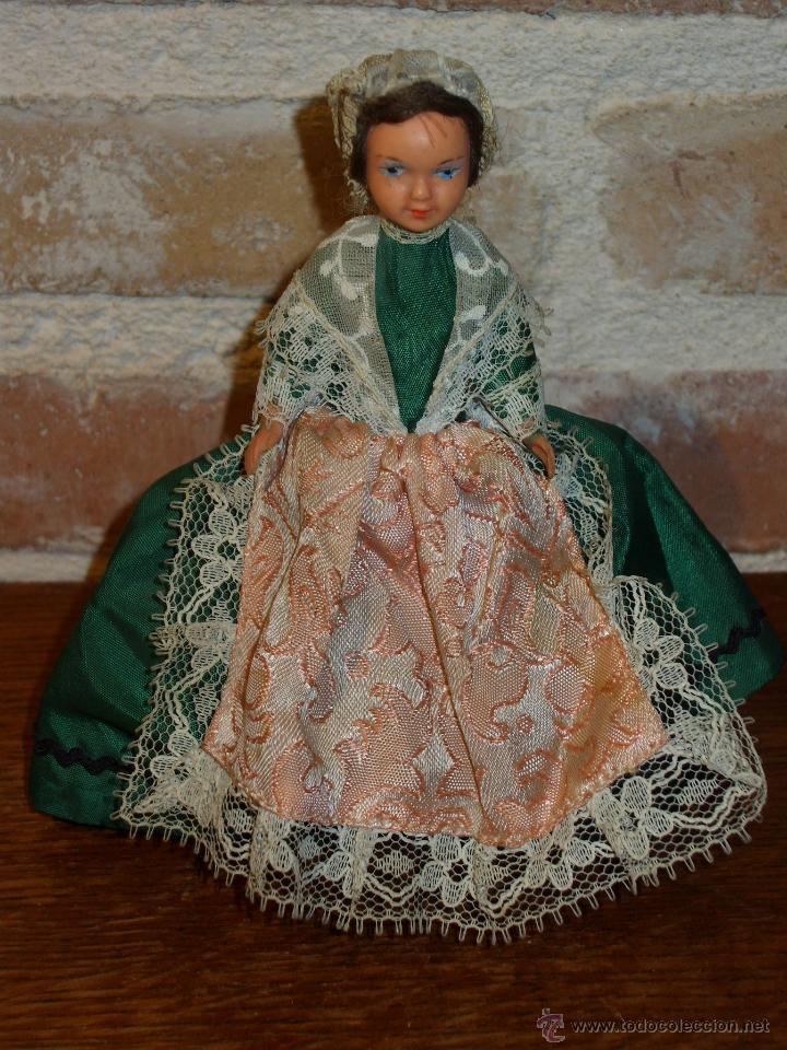 Muñecas Porcelana: ANTIGUA MUÑECA PEQUEÑA TRAJE REGIONAL. - Foto 8 - 42064361