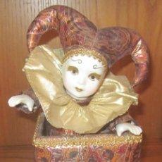 Muñecas Porcelana: BUFÓN AUTÓMATA,PORCELANA,MUSICAL,A CUERDA,FUNCIONANDO,AÑOS 90. Lote 42676999