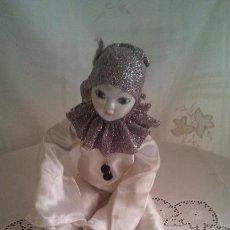 Muñecas Porcelana: MUÑECA, ARLEQUÍN DE PORCELANA MIDE 50 CMS. DE ALTURA, LIMPIA Y EN PERFECTO ESTADO.. Lote 58678874