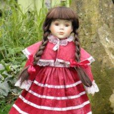 Muñecas Porcelana: MUÑECA DE PORCELANA LAURA DE THE CLASIQUE COLLECTION DE 40 CM. Lote 45014968