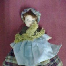 Muñecas Porcelana: PEQUEÑA MUÑECA PORCELANA. Lote 46020354