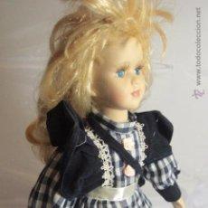 Muñecas Porcelana: PRECIOSA MUÑECA DE PORCELANA, RUBIA -REF1000- A. Lote 49048830