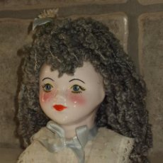 Muñecas Porcelana: BUSTO NIÑA.ANTIGUA FIGURA DE PORCELANA. MUÑECA. Lote 49622764