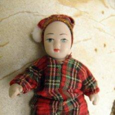 Muñecas Porcelana: MUÑEQUITO DE PORCELANA ARTICULADO, DE 10 CM. Lote 49634536