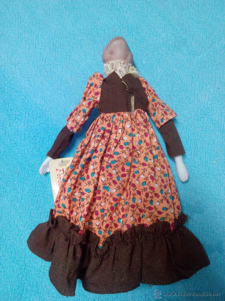 Muñecas Porcelana: MUÑECA abuela DE PORCELANA DE COLECCIÓN ARTICULADA..RUSS COLLECTIBLE PORCELAIN DOLLS - Foto 7 - 51122227
