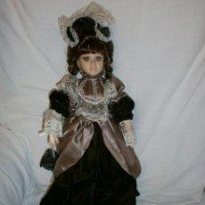 Porzellan-Puppen - muñeca-dama de porcelana - 52011040