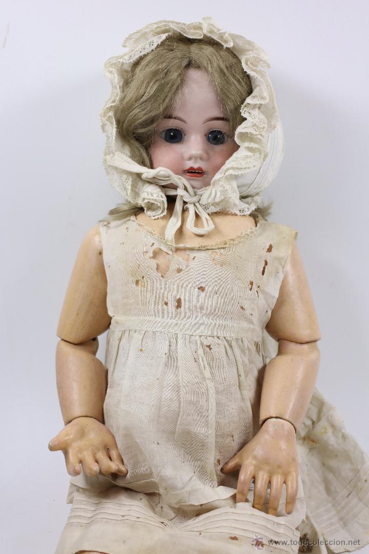 Muñecas Porcelana: MUÑECA CON CABEZA DE PORCELANA, EN BUEN ESTADO. MARCA EN LA NUCA. 56CM ALTURA TOTAL - Foto 2 - 54189913