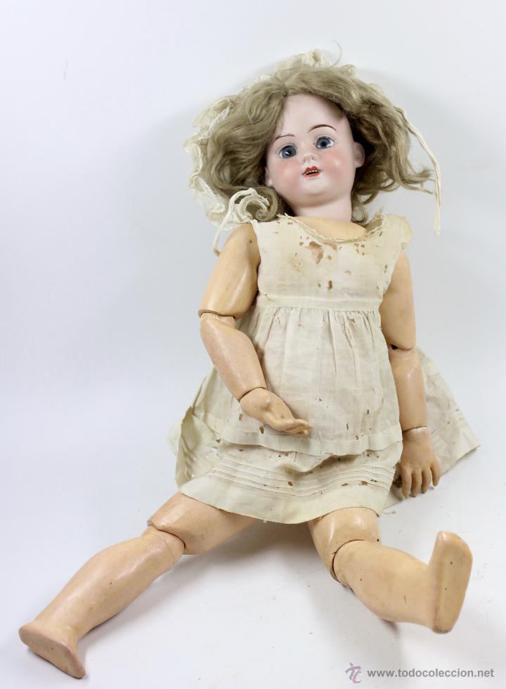 Muñecas Porcelana: MUÑECA CON CABEZA DE PORCELANA, EN BUEN ESTADO. MARCA EN LA NUCA. 56CM ALTURA TOTAL - Foto 7 - 54189913