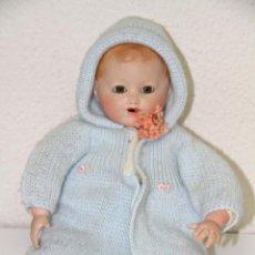 Muñecas Porcelana: MU029 MUÑECO BEBÉ. CABEZA DE PORCELANA Y CUERPO DE TRAPO. MARCADO EN LA NUCA. Lote 51332834