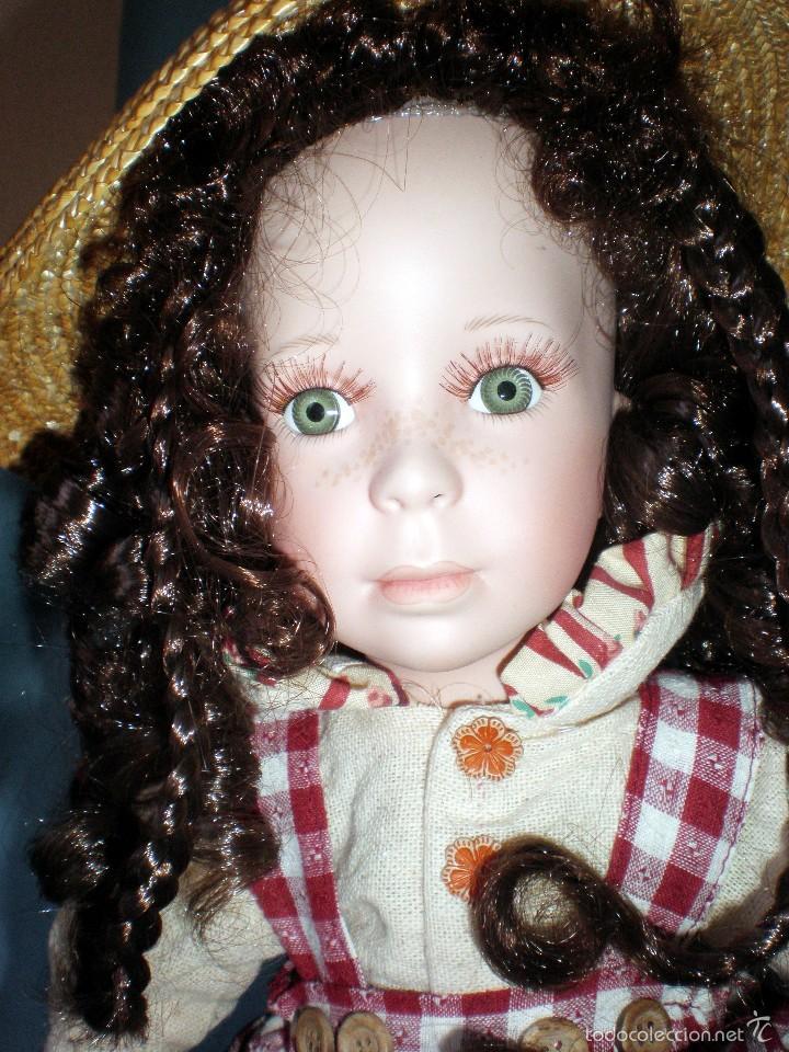Muñecas Porcelana: PRECIOSA MUÑECA DE PORCELANA, VESTIDO DE CAMPO, SOMBRERO DE PAJA Y CESTO CON FRUTAS, PESTAÑAS.46 cm. - Foto 2 - 56011770