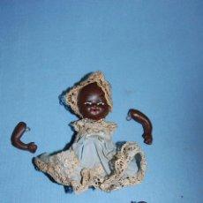 Muñecas Porcelana: BEBE EN TERRACOTA O PORCELANA CIRCA 1920. Lote 56151044