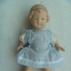Muñecas Porcelana: ANTIGUA MUÑECA DE PORCELANA , ARTICULADA .. Lote 65246167