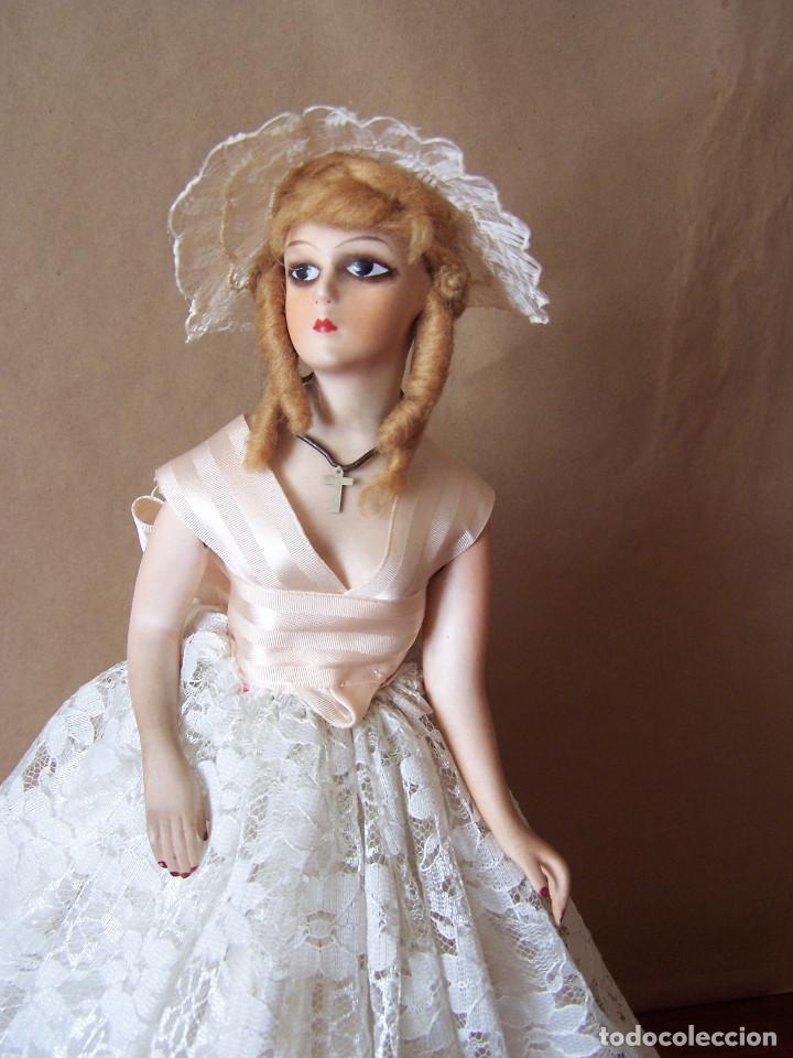 Muñecas Porcelana: Muñeca con cuerpo de porcelana y armazón de alambre. Altura 36 cm. - Foto 5 - 66346366