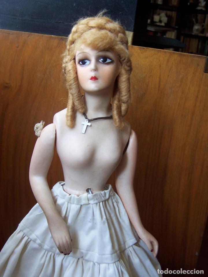 Muñecas Porcelana: Muñeca con cuerpo de porcelana y armazón de alambre. Altura 36 cm. - Foto 6 - 66346366