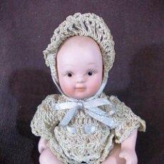 Muñecas Porcelana: MUÑEQUITA EN PORCELANA CON PRECIOSA ROPA DE ENCAJE. Lote 69484837
