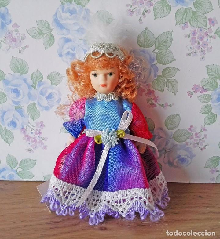 Muñecas Porcelana: Mini muñeca porcelana muñeca pelirroja muñequita miniatura casa muñecas - Foto 2 - 69690661