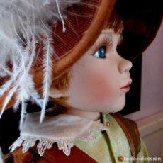 Muñecas Porcelana: MAXIMILIAM, PAJE DE PORCELANA ALEMANA BISCUIT - SERIE LIMITADA -CERTIFICADO-EXPOSITOR. Lote 169090569