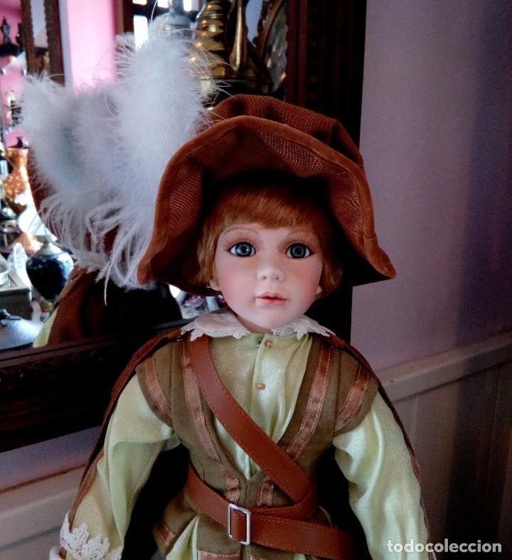Muñecas Porcelana: MAXIMILIAM, PAJE DE PORCELANA ALEMANA BISCUIT - SERIE LIMITADA -CERTIFICADO-EXPOSITOR - Foto 3 - 147789921
